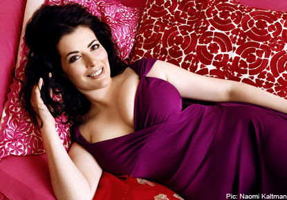 'Hoovering' Nigella and 'Silver Linings' Angie: Random Thoughts of an April 3rd